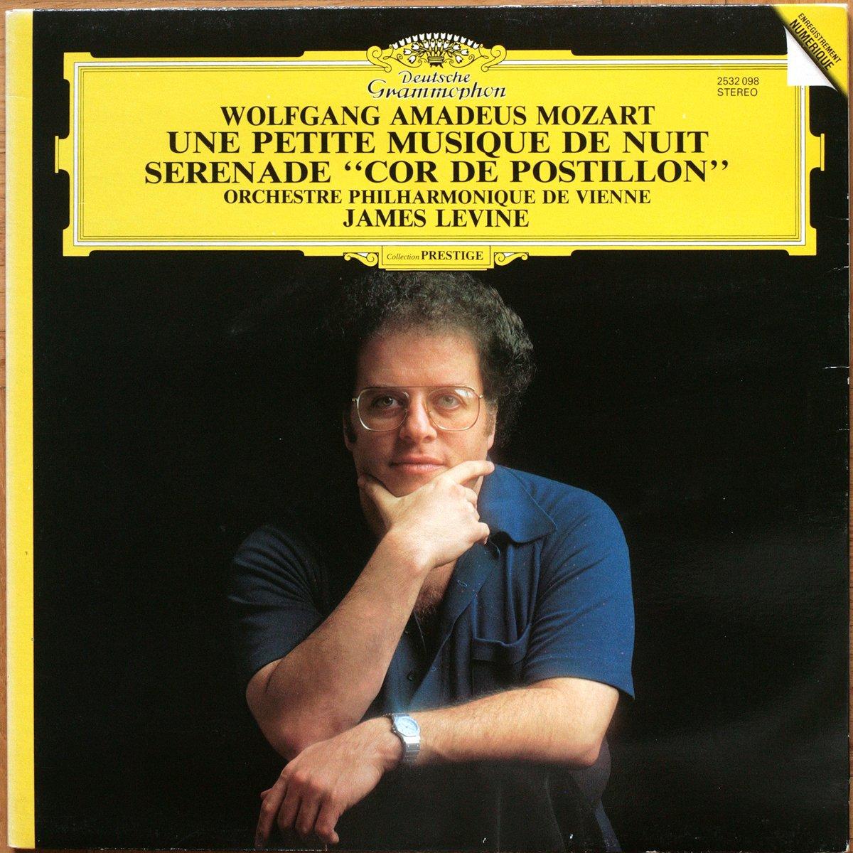 DGG 2532098 Mozart Serenade Levine
