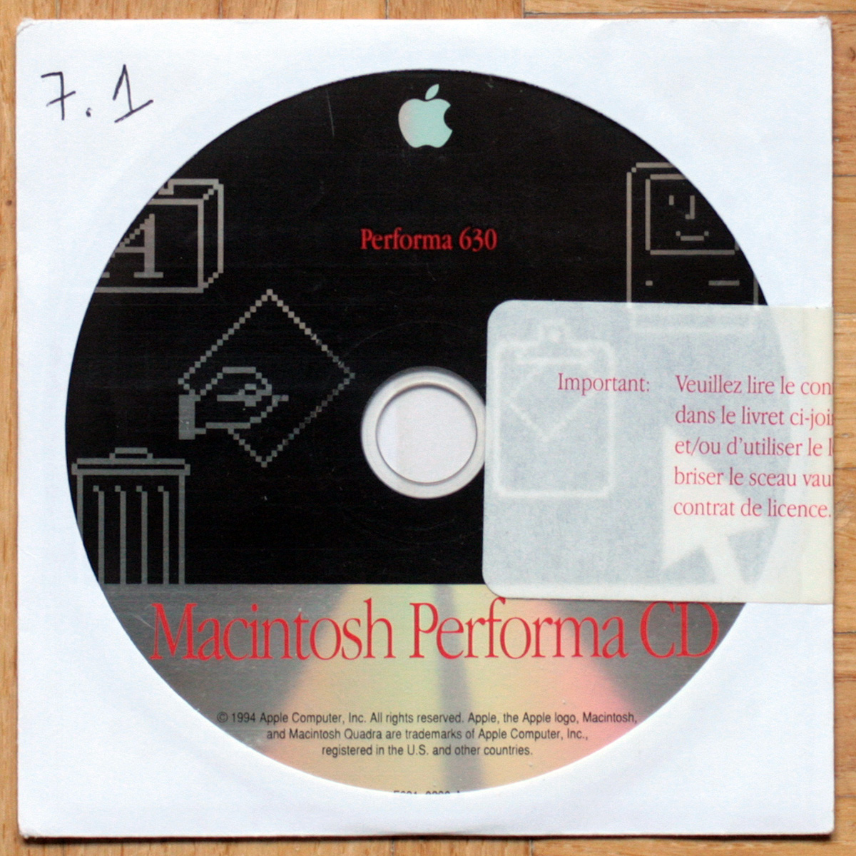 Apple Macintosh • Performa 630 • Motorola 68LC040 • CD d'installation • Install software • OS 7.1.2